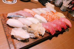 iH6oKEJ3erDJeWm3ElX l 300x200 - 人のお金で食べるお寿司が美味しいと感じるのは私だけじゃないはず🍣