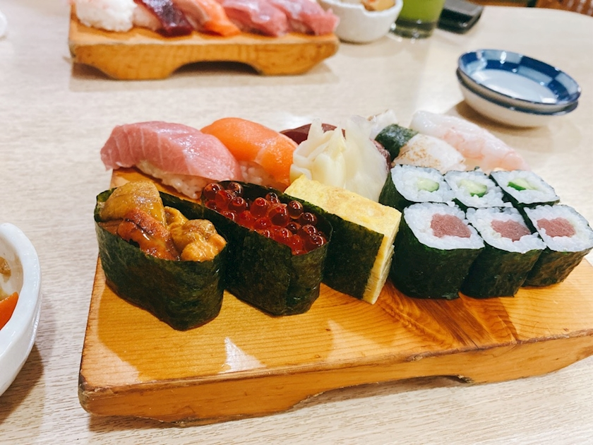 ztISFVuoWHYXSX3fu4I l - お寿司!